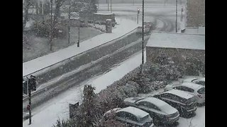 Snow Blankets Newcastle as Weather Warning in Place for Northeast of England - Video