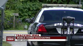 Police evacuate Fort Myers mobile homes