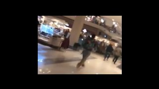 Shoppers Flee as Shooting Leaves Suspect Dead, Two Wounded in Alabama Mall - Video