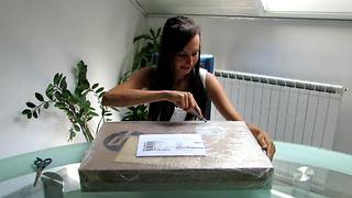 Unboxing HP Pavilion Notebook white - Video