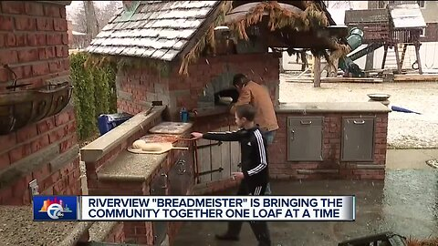 Riverview man making Artisan bread in his backyard for the community amid COVID-19 outbreak