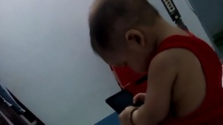 Baby talk on the phone so cute - Video