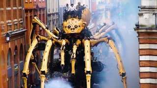 This 43-Foot Giant Spider Is Roaming France
