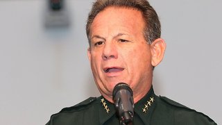 Broward County Sheriff Faces No-Confidence Vote After Shooting - Video