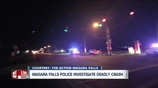 Niagara Falls police investigating deadly late night crash - Video