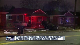 2 suspects hurt after police chase from Ferndale to Detroit ends with car hitting homes