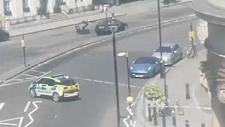 Bomb Scare Near BBC's London Headquarters - Video