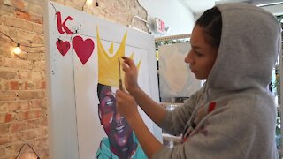 Lansing visual artist uses her art to make a difference