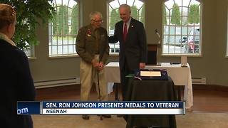 WWII Veteran receives medals decades later - Video