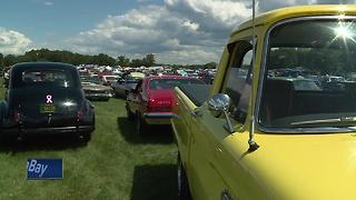 Thousands flock to Iola for annual classic car show - Video