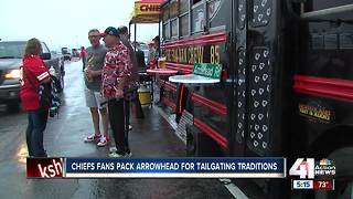 Chiefs fan van brings tailgating to a new level - Video
