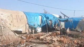 Deadly Shelling Hits Displaced-Persons Camp on Turkish-Syrian Border - Video