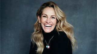 "Julia Roberts Says College Admissions Scandal Is ""So Sad"""
