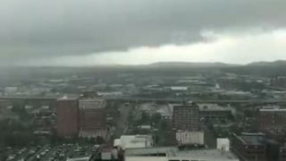 Timelapse Shows Storm Rolling Into Birmingham - Video