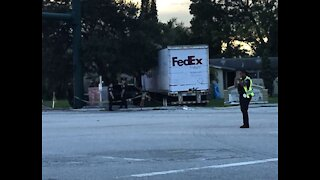 FedEx truck crashes into house in West Palm Beach