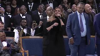 Faith Hill sings at Aretha Franklin's funeral