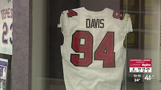 Former Blue Springs football star to suit up against Chiefs in Super Bowl LV