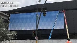 Wrap project begins on Fontainebleau - Video