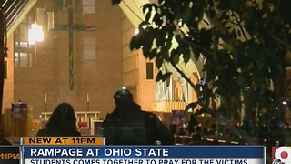 Students hold vigil for Ohio State attack victims - Video
