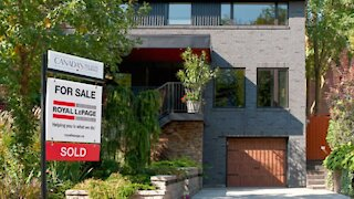 Quebec Millennials Have Been Buying Homes In Droves Recently & Here's Why