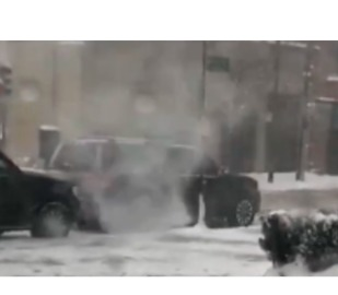 Snow Devil Swirls in Chicago as Snowstorm Cripples City - Video