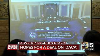 Federal Government shuts down after Senate fails to pass stopgap bill - Video