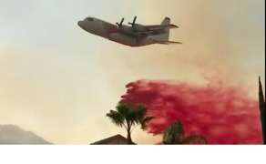 Firefighters Protect Moreno Valley Neighborhoods From Wildfire - Video