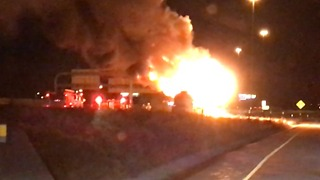 Firefighters Tackle Tanker Blaze on Utah Interstate - Video
