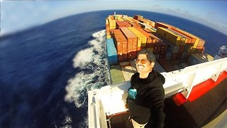 Man Documents His Fascinating 17-Day Cargo Ship Voyage - Video