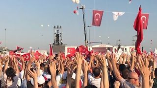 Hundreds of Thousands Rally in Istanbul at End of Justice March - Video