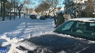 Milwaukee Man Dies While Shoveling Snow - Video