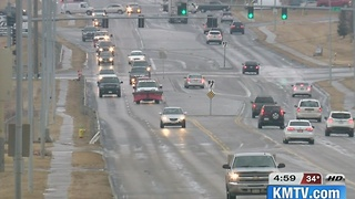 Drivers respond to slick Omaha roads - Video