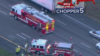 AC repair truck, semi crash on I-95 southbound near Jupiter - Video