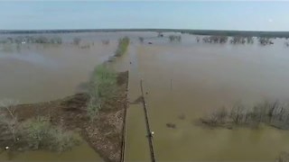 Flooding Puts Desoto Parish Roads Under Water - Video