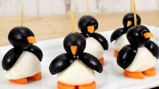 How to make yummy mozzarella penguins - Video