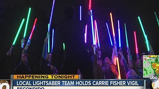 Local lightsaber team holds a Carrie Fisher vigil - Video