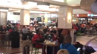 People Cheer as Power is Restored to Atlanta Airport - Video