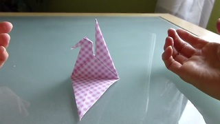 Easy origami lessons: How to make a dove - Video