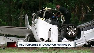 Pilot crashes plane into church parking lot in Polk County - Video