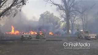 Firefighters Battle Clayton Wildfire as it Engulfs Homes in Lower Lake, California - Video