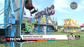 Wyandotte County Fair prepping for heat - Video