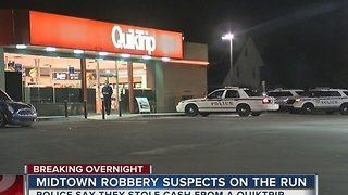 Two men on the run after robbing a midtown Quiktrip - Video