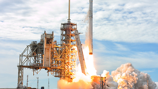 Launch of NASA's CRS-11 mission on SpaceX Falcon 9 - Video