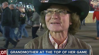 Barrel racer keeps competing at National Finals Rodeo at age 68 - Video