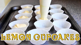 How to make simple lemon cupcakes - Video