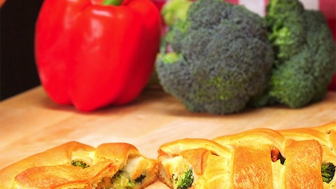 Broccoli and Chicken Braid