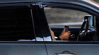 Texting while driving bill passes Florida House, heads to Senate