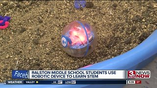 Middle school students use robots to learn STEM