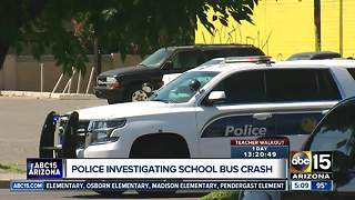 Police investigating school bus crash in Phoenix - Video