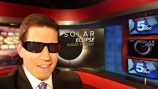 Solar Eclipse safety glasses - Video